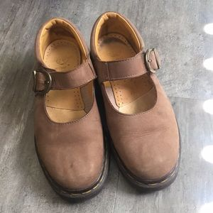 Dr. Martens Mary Jane's in Tan